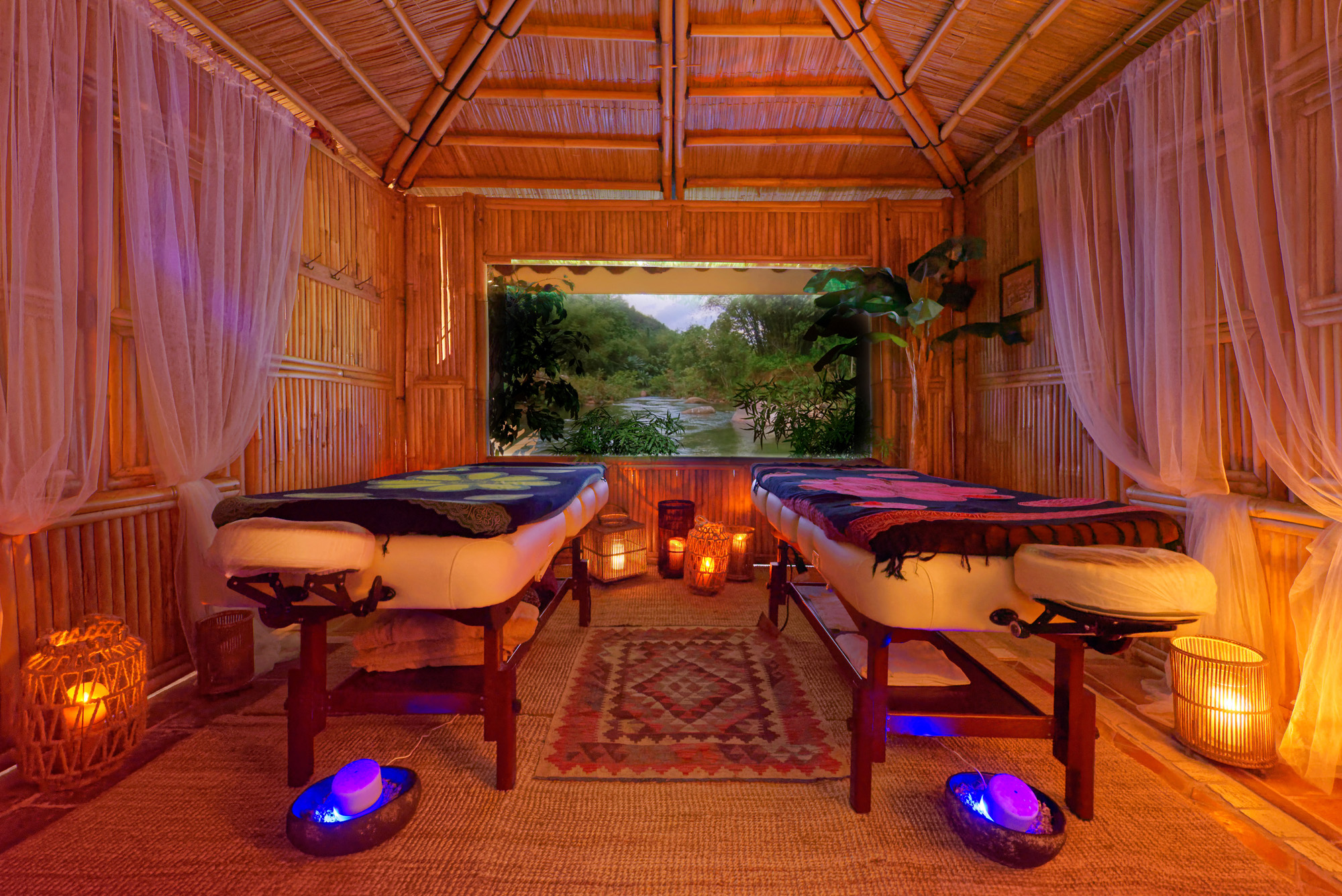Cabines from bali c line b spa institut boutique deco for B b spa